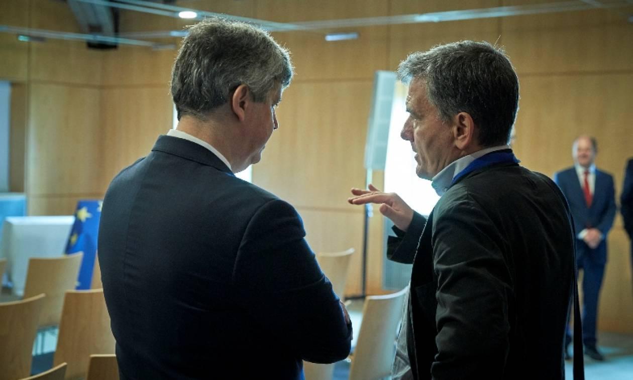 Financial Times για Eurogroup: Η Eυρωζώνη κατέληξε σε μια ιστορική συμφωνία για το ελληνικό χρέος