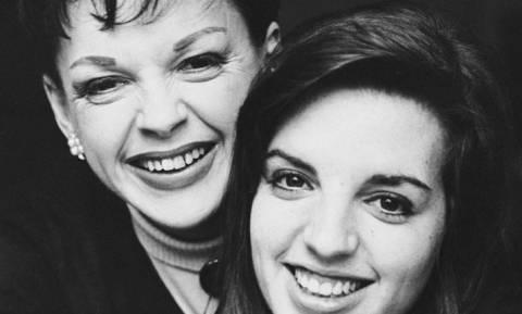 Δεν εγκρίνει την κινηματογραφική βιογραφία της μητέρας της η Λάιζα Μινέλι