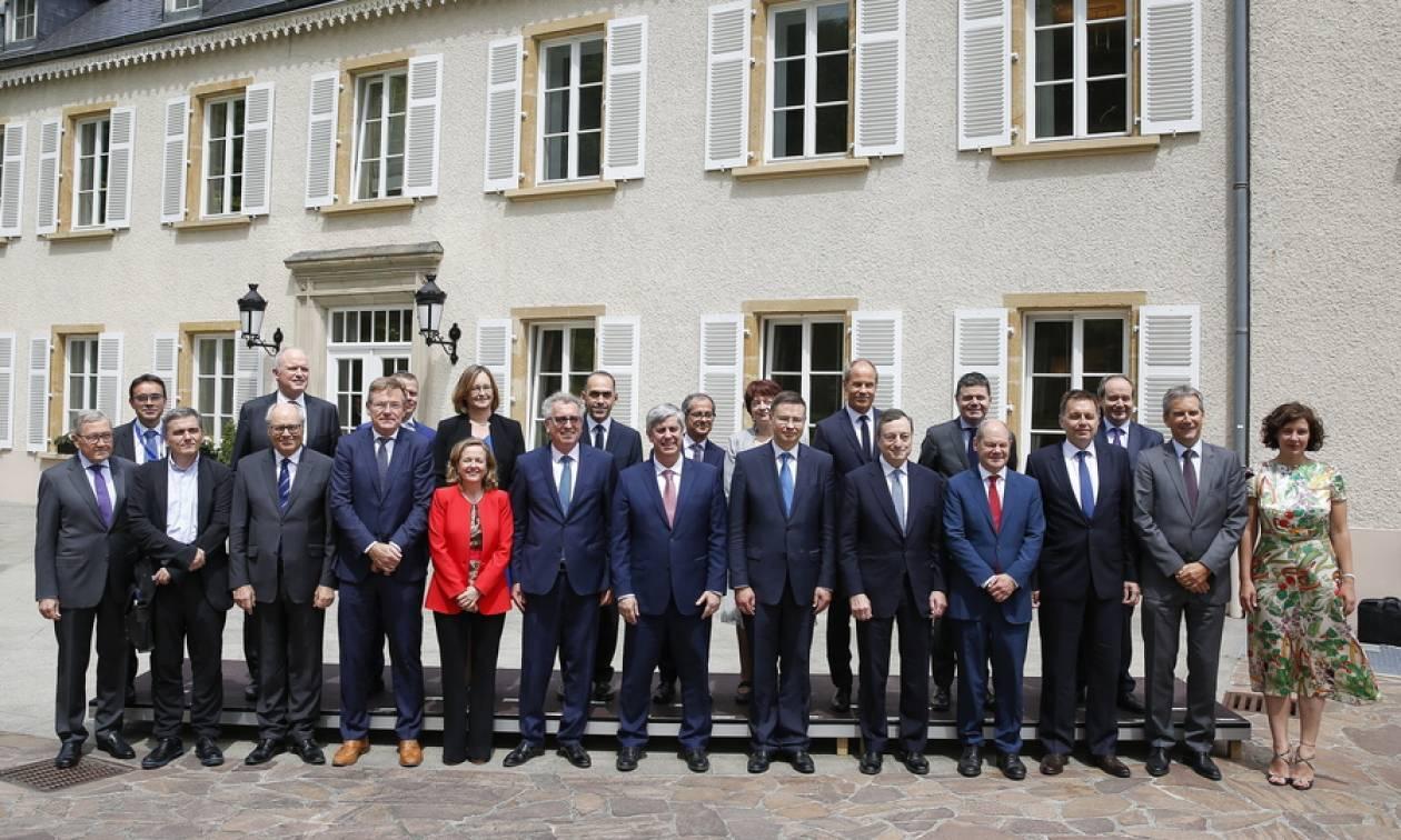 Γερμανικός Τύπος για Eurogroup: «Η Ελλάδα στέκεται και πάλι στα πόδια της»