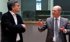 Ο διεθνής Τύπος για τη συμφωνία στο Eurogroup: Η ελληνική κρίση τελειώνει εδώ