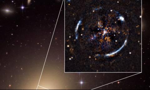 Η θεωρία της σχετικότητας του Αϊνστάιν επιβεβαιώθηκε και σε άλλο... γαλαξία! (vid)