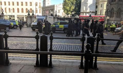 Συναγερμός στο Λονδίνο: Εκκενώθηκε σιδηροδρομικός σταθμός
