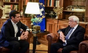 Στις 14:00 ο Τσίπρας ενημερώνει Παυλόπουλο για το χρέος