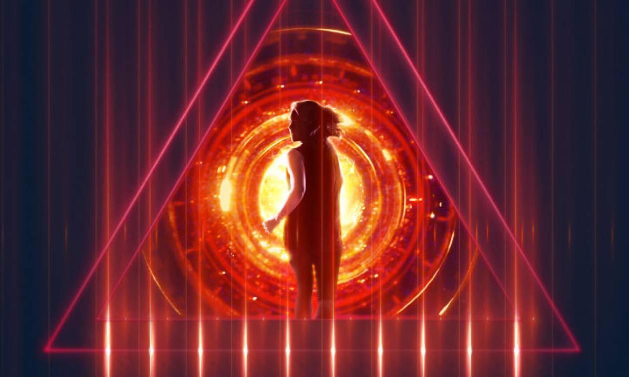 «Tau»: Το δίδυμο Πάρις Κασιδόκωστας-Λάτσης & Τέρυ Ντούγκας επιστρέφει με νέα ταινία στο Netflix