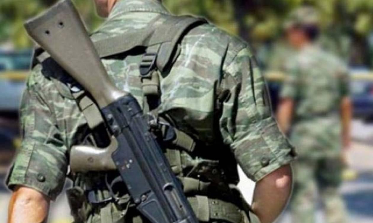 Περίεργη υπόθεση: Δόκιμος αξιωματικός έκλεψε όπλο από στρατιωτικό φυλάκιο