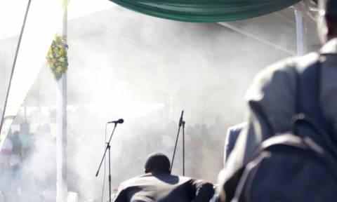 Βίντεο ΣΟΚ: Καρέ – καρέ η απόπειρα δολοφονίας του Προέδρου της Ζιμπάμπουε – Δεκάδες τραυματίες