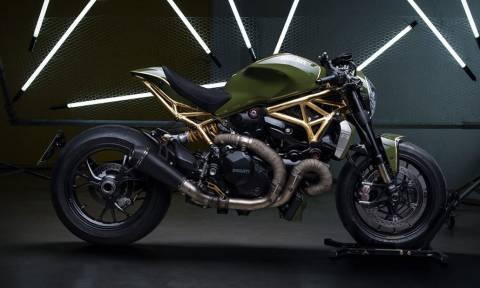 Δύσκολα θα αντισταθείς σε αυτή τη μοτοσικλέτα!