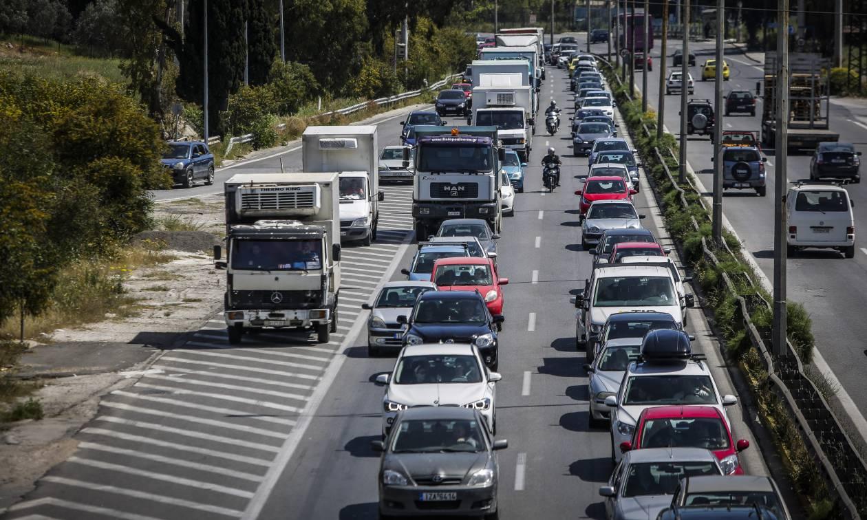 Τροχαίο στην έξοδο της Αθηνών - Κορίνθου