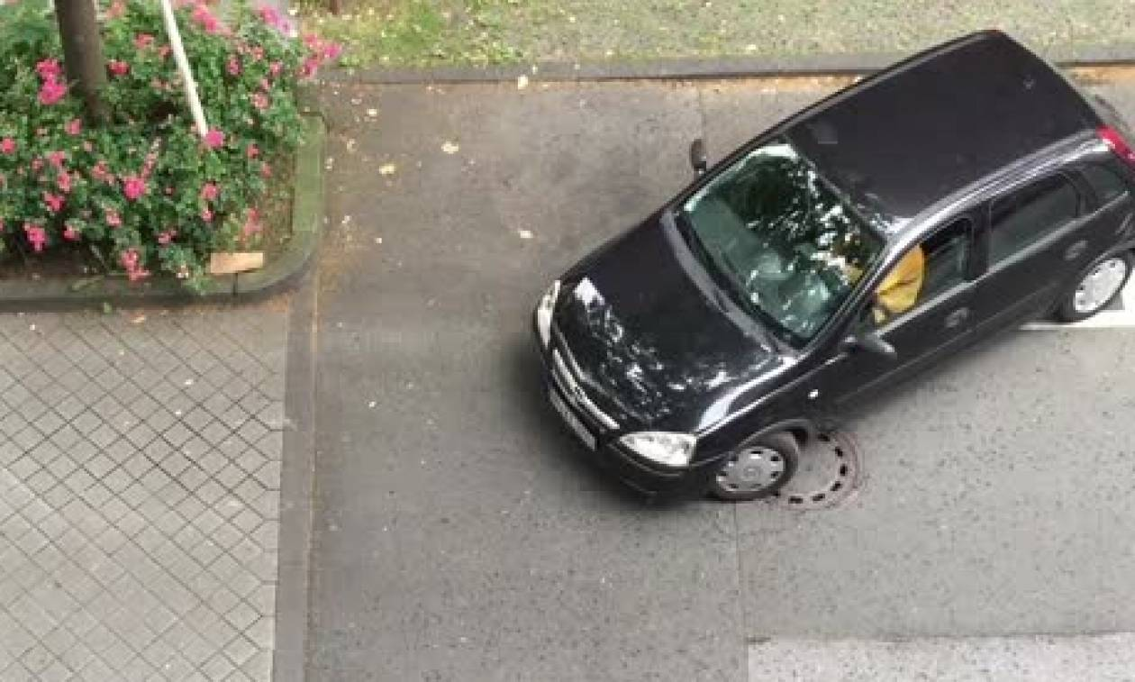 Το παρκάρισμα του... αιώνα! Κατέστρεψε τα πάντα σε χώρο για... νταλίκα (video)