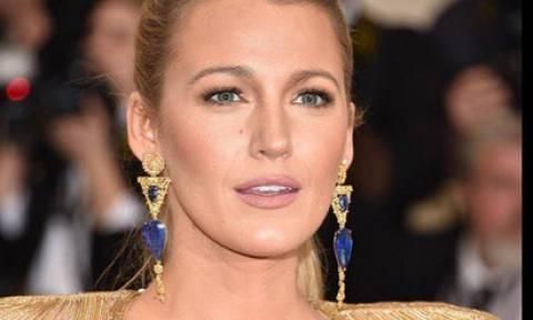 Καταπληκτικές: Η Blake Lively σε μία πολύ σπάνια εμφάνιση με τις δύο της κόρες