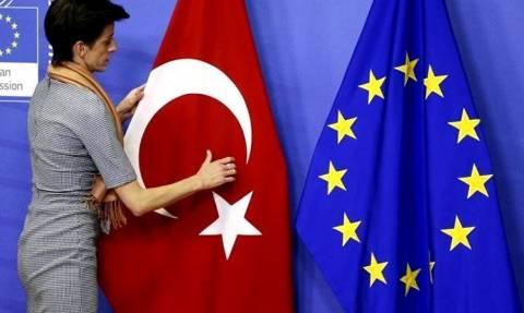 Ιταλία: «Η Ευρώπη βρήκε 6 δισ. ευρώ για την Τουρκία ενώ για άλλες χώρες τίποτα»