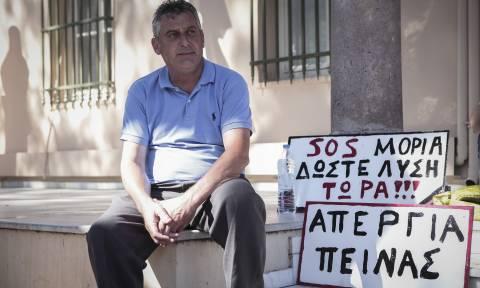 Συνεχίζει την απεργία πείνας ο πρόεδρος της Μόριας