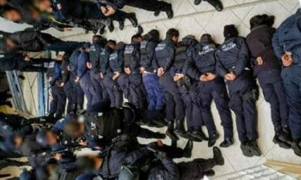 Συνέλαβαν ολόκληρη την αστυνομική δύναμη της πόλης για τον φόνο ενός υποψήφιου δημάρχου