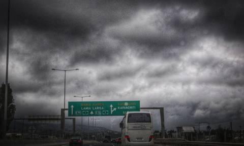 Καιρός: Στο έλεος της «Νεφέλης» η Ελλάδα - Ακραία φαινόμενα με καταιγίδες και χαλάζι (pics)