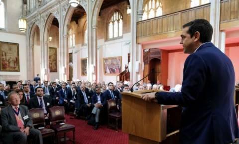 Τσίπρας από το Λονδίνο: «Πάμε να αξιοποιήσουμε το θετικό momentum για την Ελλάδα»