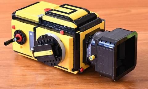 Δεν θα πιστεύετε πόσα κομμάτια LEGO χρειάστηκε γι' αυτό το αριστούργημα!