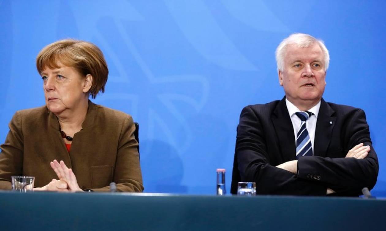 Πολιτική κρίση στη Γερμανία: Η Μέρκελ, ο Ζέεχοφερ και ο... Μάικλ Τζάκσον