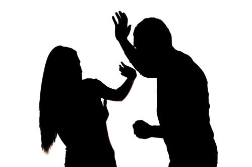 news stock art 05 05 15 mugger assaulting woman in silhouette shutterstock