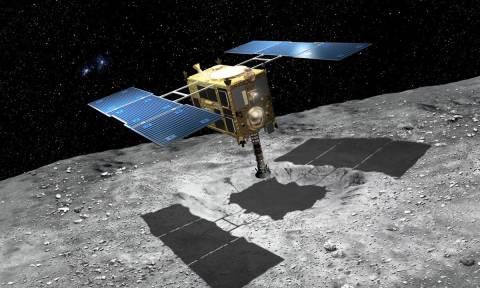 Εκρηκτικά σε αστεροειδή ετοιμάζεται να τοποθετήσει το ιαπωνικό διαστημόπλοιο «Hayabusa 2» (Vid)