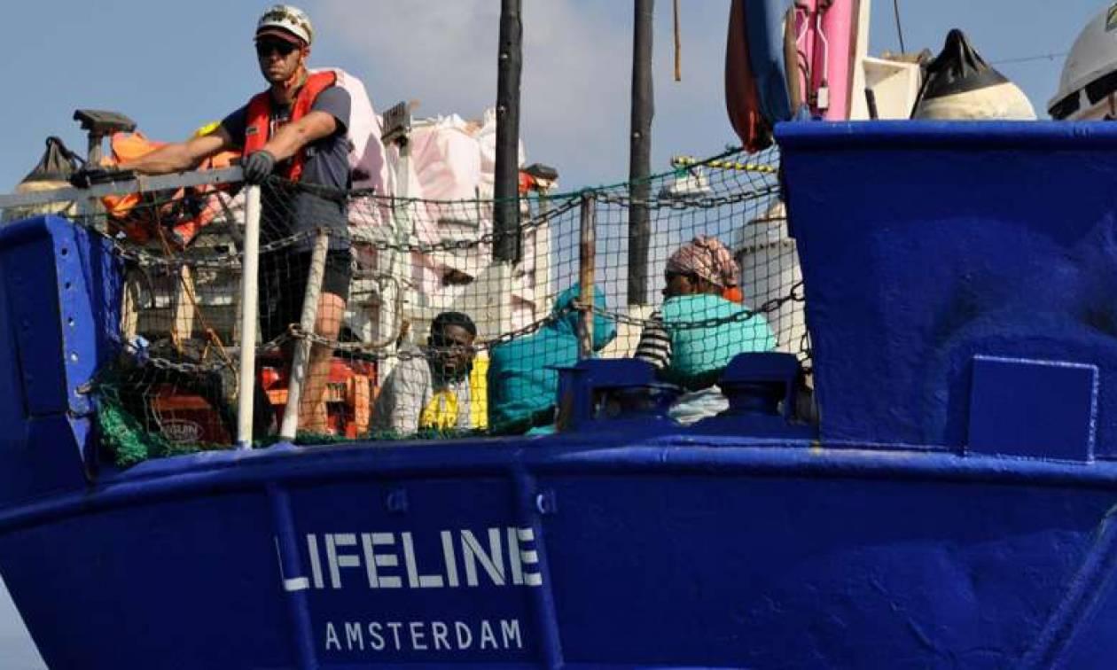 Μάλτα: Το πλοίο Lifeline έφθασε στο λιμάνι της Βαλέτας