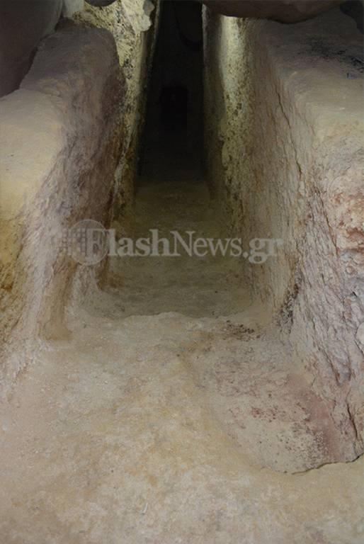 Ανατριχίλα στα Χανιά: Είδαν σε πολυκατοικία τα οστά επτά νεκρών - Οι εικόνες του τρόμου