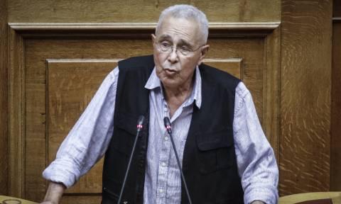 Ζουράρις: «Θέλω δημοψήφισμα για το Σκοπιανό, αλλά δεν φεύγω από την κυβέρνηση»