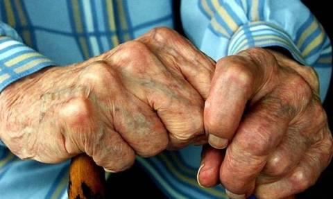 Σάλος με 70χρονο στη Σάμο: Αυτό που έκανε δεν το είχε πάρει ΚΑΝΕΙΣ χαμπάρι