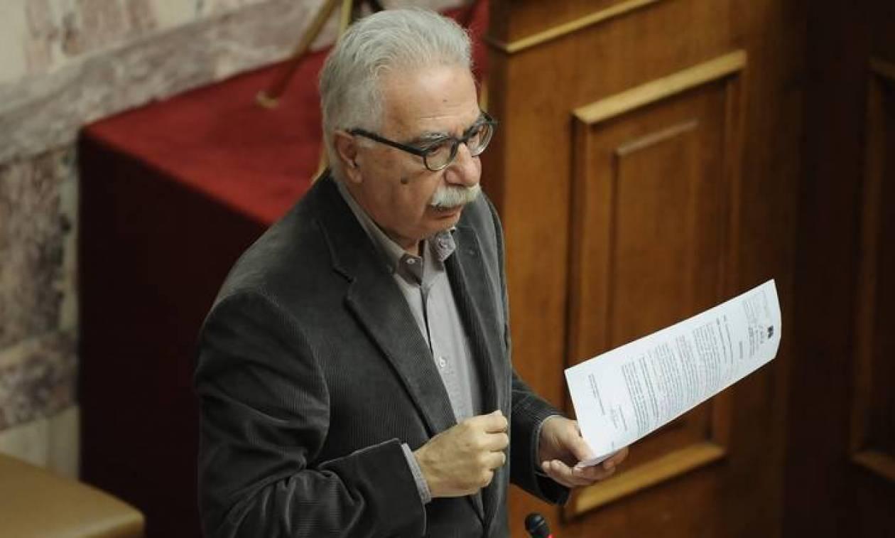 «Βόμβα» Γαβρόγλου: Τέλος οι Πανελλήνιες - Εισαγωγή μόνο με απολυτήριο