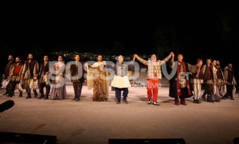 Ήταν όλοι εκεί! Το αδιαχώρητο στην Επίδαυρο για την παράσταση «Αχαρνής»