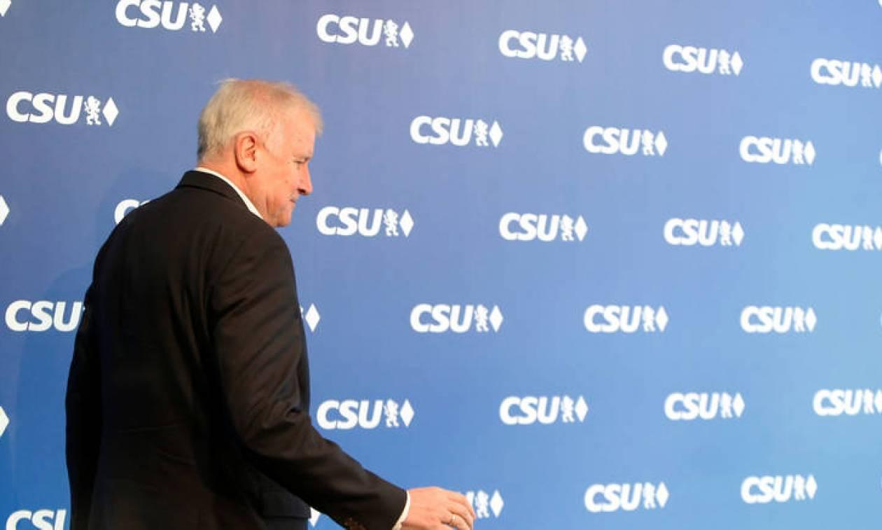 Γερμανία: Παραιτείται ο Χορστ Ζεεχόφερ