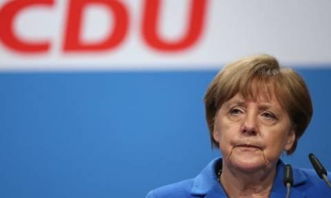 Γερμανία: Το CDU στηρίζει την Μέρκελ και απορρίπτει τις μονομερείς επαναπροωθήσεις