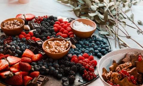 Σε τι ποσότητα πρέπει, τελικά, να καταναλώνεις τα φρούτα;