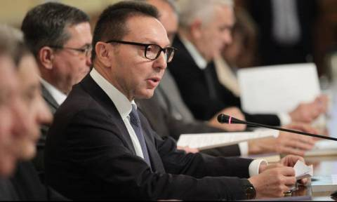 Θετική για τις προοπτικές της οικονομίας η Τράπεζα της Ελλάδος - Τι αναφέρει για το χρέος