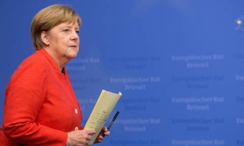 Δύσκολες ώρες για την κυβέρνηση της Μέρκελ: Ένα βήμα πριν την πτώση