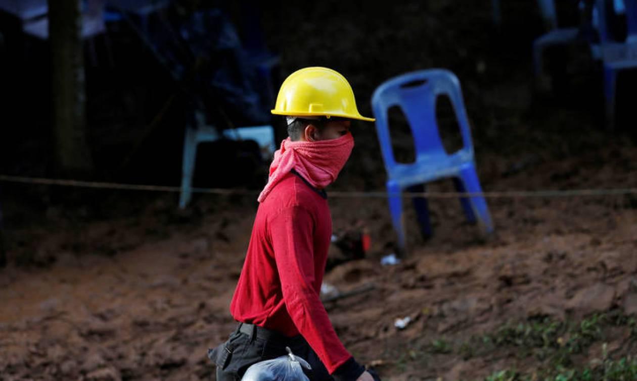 Μήνυμα ελπίδας στα εγκλωβισμένα παιδιά σε σπηλιά της Ταϊλάνδης