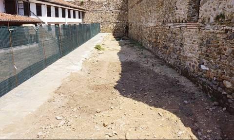 Κομοτηνή: Έψαχναν αρχαία και βρήκαν ανθρώπινα οστά
