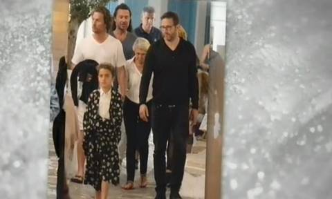 Από τη Μύκονο στην Αντίπαρο συνεχίζουν τις διακοπές τους διάσημοι σταρ του Χόλιγουντ (vid)