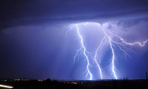 Καιρός: Ισχυρές βροχές καταιγίδες και χαλάζι θα σαρώσουν τη χώρα