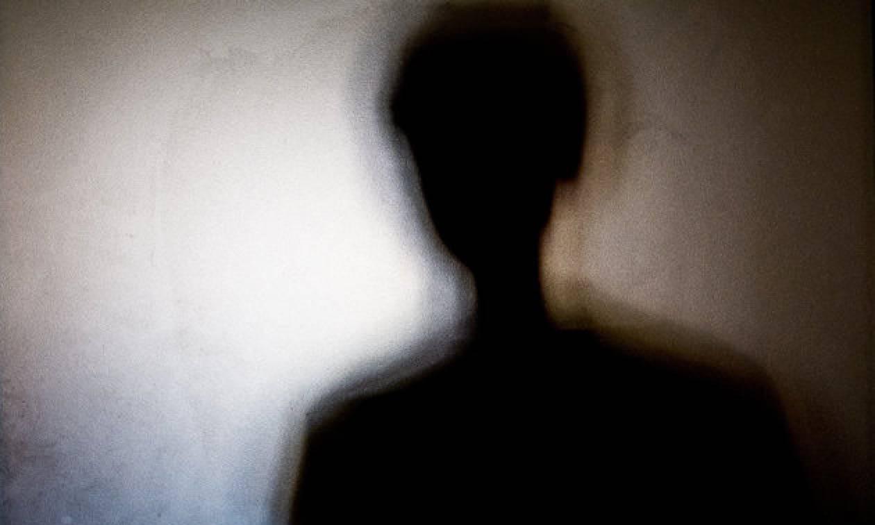 Περιστατικό ενδοοικογενειακής βίας στη Ζαχάρω: Κατήγγειλε τον άνδρα της ότι χτύπησε τον γιο τους