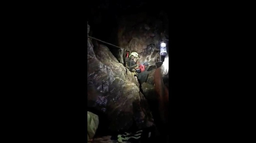 LIVE - Ραγδαίες εξελίξεις στην Ταϊλάνδη: Βγήκαν τα δύο πρώτα παιδιά από το σπήλαιο