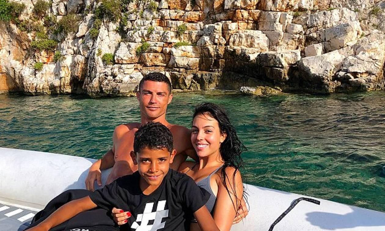 Αντί ημιτελικών... διακοπές στη Μεσσηνία - Η ζωή του Κριστιάνο Ρονάλντο μετά το Μουντιάλ