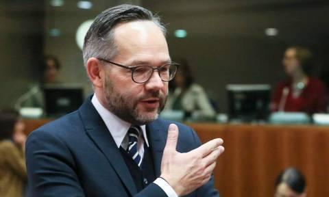 Γερμανός υφυπουργός Εξωτερικών: Ιστορική η συμφωνία Ελλάδας - Σκοπίων
