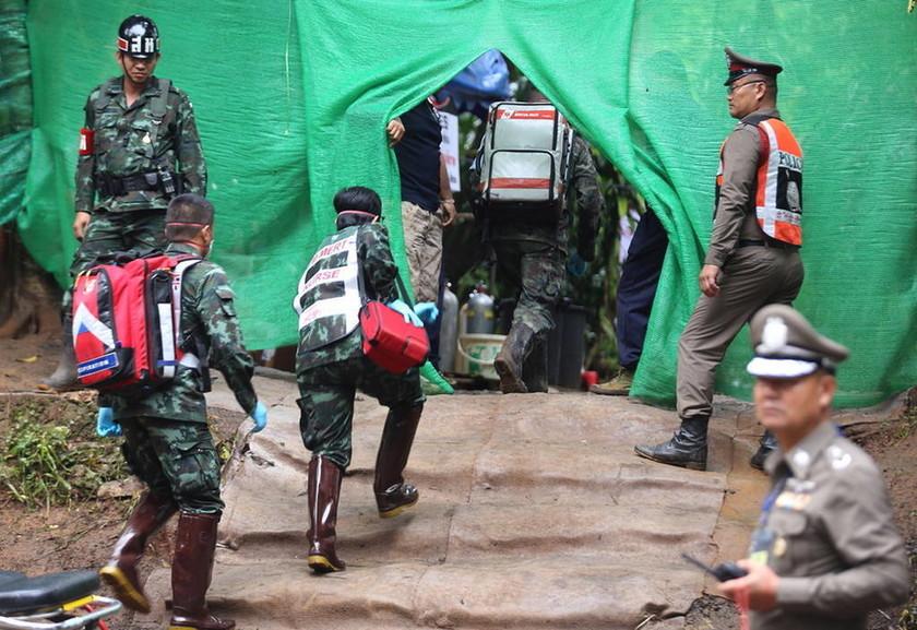Θρίλερ στην Ταϊλάνδη: Μάχη με το χρόνο για να σωθούν και τα υπόλοιπα παιδιά