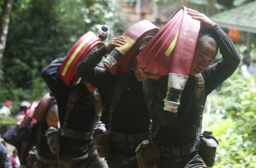 Σπήλαιο Ταϊλάνδη: Οι συγκλονιστικότερες φωτογραφίες της επιχείρησης διάσωσης των 12 παιδιών