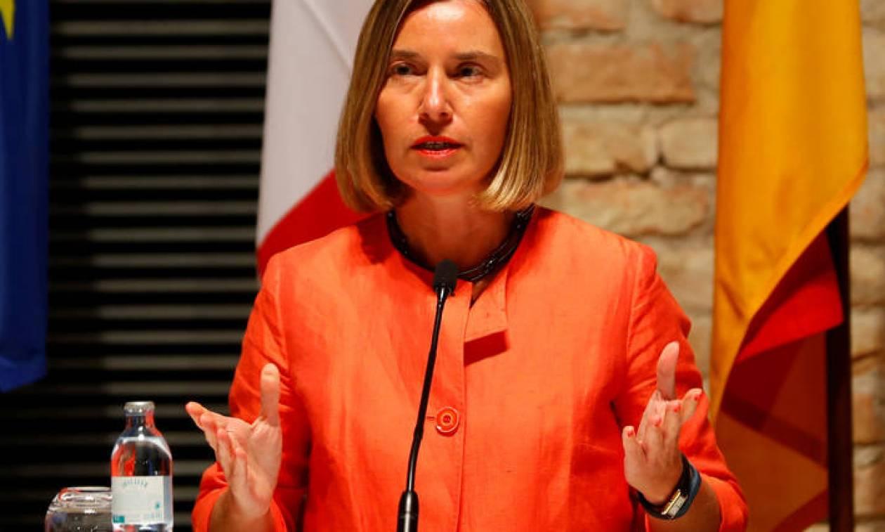 Μογκερίνι: Δεν αρκεί να συγχαίρουμε τους Τσίπρα και Ζάεφ