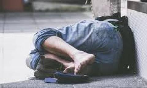 Έλληνας, ηλικίας 18-44 ο σημερινός άστεγος