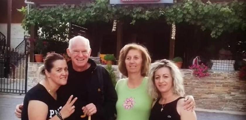 Ο Γιώργος Παπανδρέου ανεβαίνει στον Όλυμπο - Δείτε φωτογραφία
