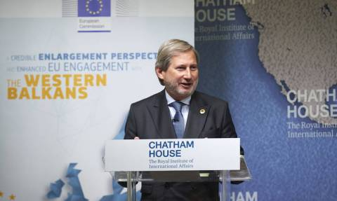 Χαν: Δεν υπάρχει θέμα αλλαγής συνόρων Ελλάδας - Αλβανίας - Παρεξηγήθηκαν τα λόγια μου