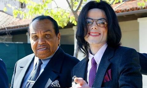 Αποκάλυψη: «Είχαν ευνουχίσει χημικά τον Michael Jackson»