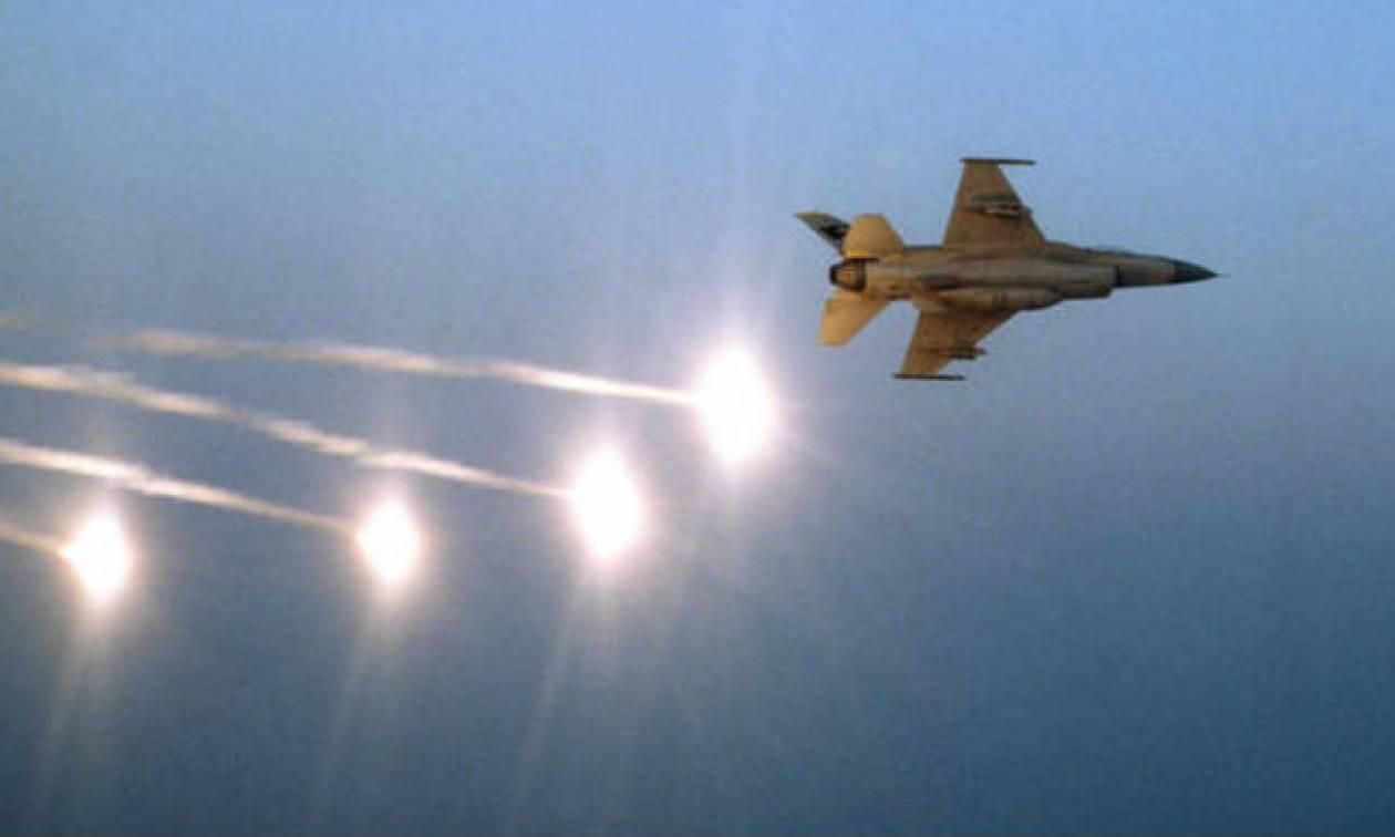 Ισραηλινά μαχητικά βομβαρδίζουν τη Γάζα